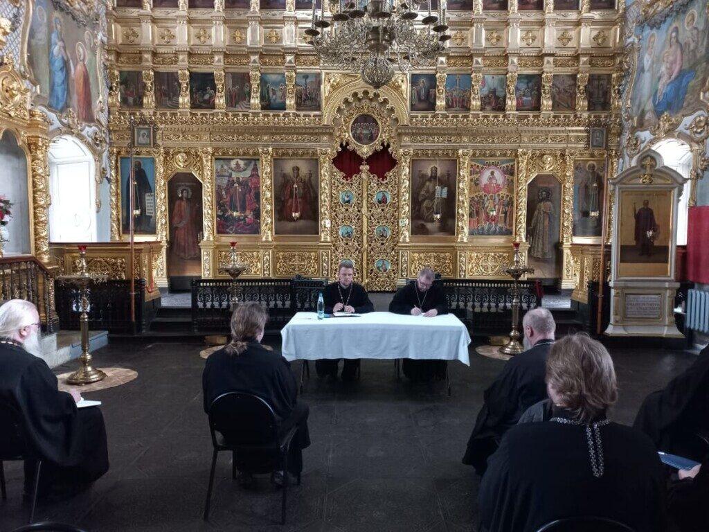 Совещание духовенства округа